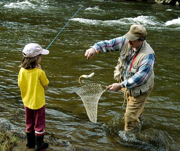 Mn take a kid fishing weekend on tap next month for Kids fishing net