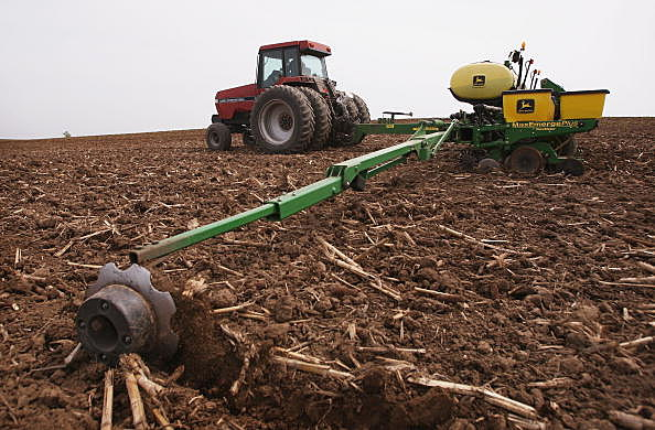 Area Farmers Have 95% Of Corn , 68% of Soybeans Planted
