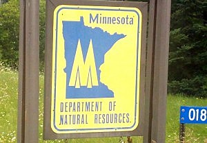 Minnesota fishing licenses expire friday for Where to buy fishing license mn