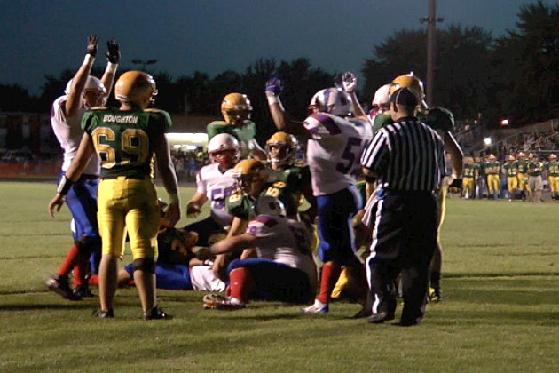 Apollo gets its fourth touchdown in the first half