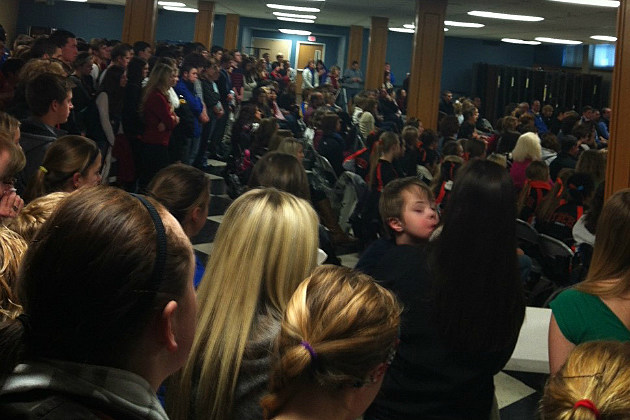 Alyssa Lommel prayer gathering at Cathedral High School