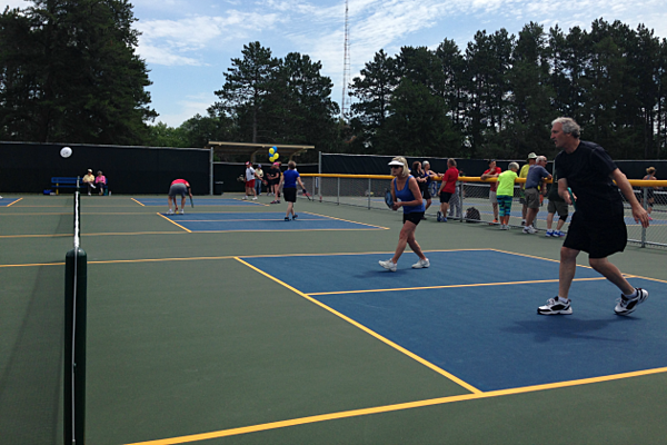 st cloud opens new outdoor pickleball courts residents excited video. Black Bedroom Furniture Sets. Home Design Ideas