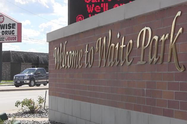 Welcome to Waite Park sign. (Photo: Alex Svejkovsky, WJON)
