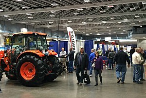 2016 Central Minnesota Farm Show, wjon.com