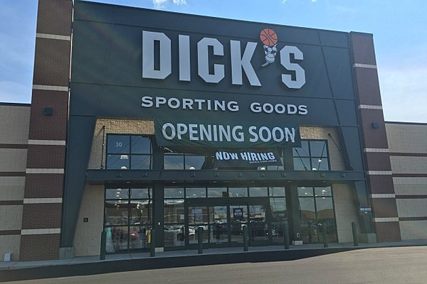 dick 39 s sporting goods to open next month. Black Bedroom Furniture Sets. Home Design Ideas