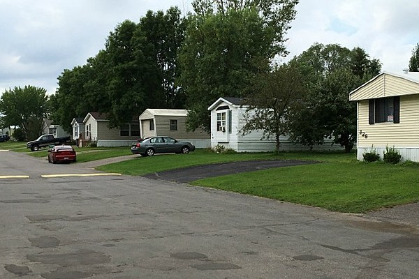 Sartell Residents Fight To Buy Mobile Home Park