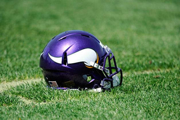Minnesota-Vikings-Helmet