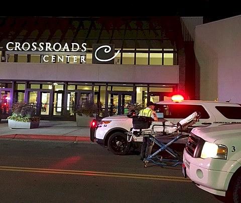 Eight injured in Minnesota mall stabbing, suspect shot dead