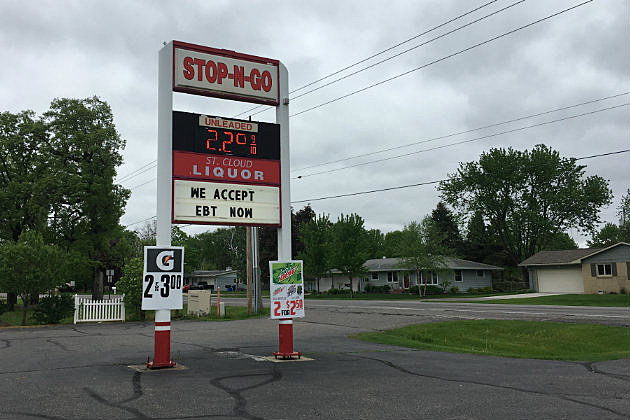 Stop-N-Go St. Cloud Liquor location, Clearwater Road, St. Cloud. (Chrissy Gaetke, WJON)